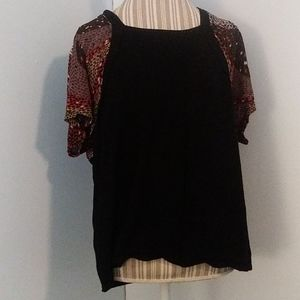 Investments size 2X fall short sleeve top